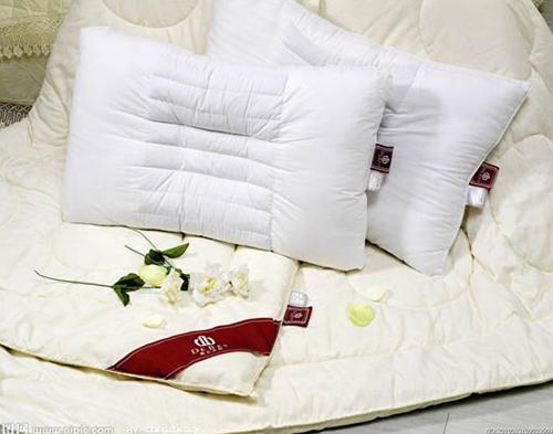 慢回弹海绵应用-枕头